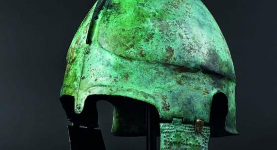 Später chalkidischer Helm, frühes viertes Jahrhundert vor Christus. SP:15000 Euro