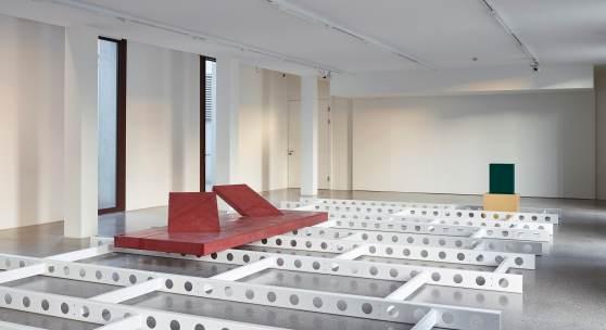 """Ausstellungsansicht """"Werner Feiersinger. overturn"""" Courtesy Galerie Martin Janda, Wien; Foto: Johannes Stoll, © Belvedere, Wien Alle Werke: Werner Feiersinger, Ohne Titel, 2018"""