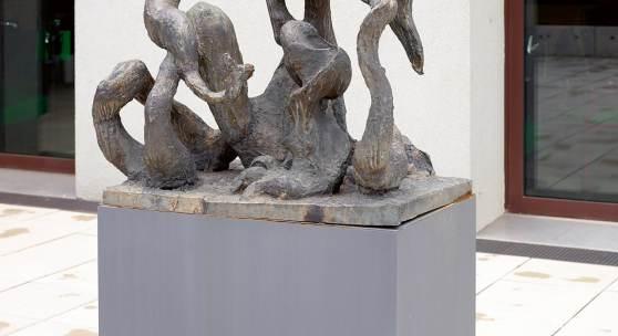 Oswald Oberhuber, Sitzende, 1949 Eigentum der Artothek des Bundes, Dauerleihgabe im Belvedere, Wien Bronze 117 × 93 × 59 cm