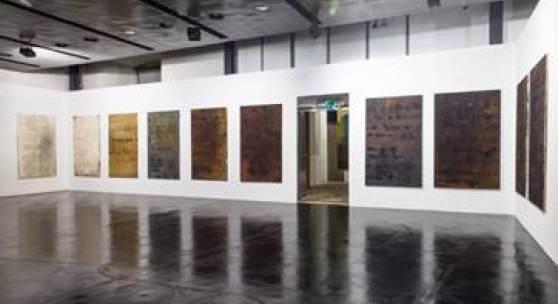"""Ausstellungs Impressionen """"Gabriele Schöne """"Ausgeschnitten"""""""