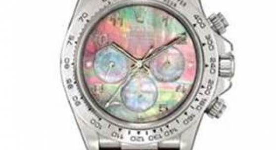 A Rolex Platinum Ref 16516 Cosmograph Daytona Wristwatch with Mother-of-Pearl Dial Estimate: HK$3.2-6 m / US$420,000-767,000