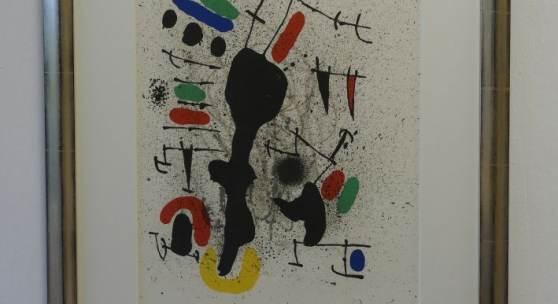 Bild 13: Joan Miró, liberté des libertés, Farblithografie, 1971, Ex.:15/125, 35&47 cm. 3.700 €. Gerahmt in Echtsilbervergolderrahmen mit Passepartout und Mirogardglas UV 70 = 4.150 €