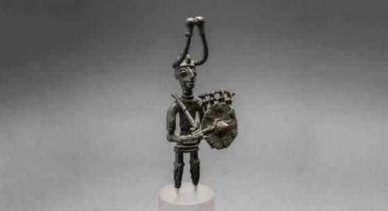 Krieger mit Schwert und Schild, Bronze, Fundort Padria, Eisenzeit © Museo Archeologico Nazionale di Cagliari