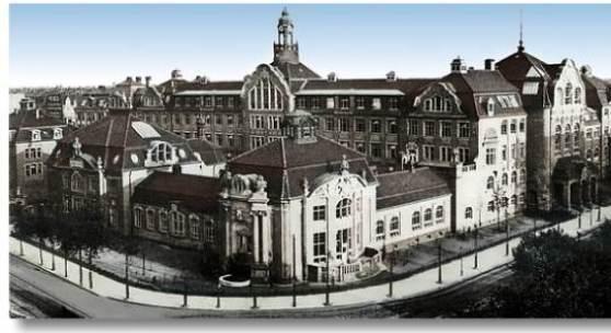 <p>Bild: Kunstgewerbeschule um 1900. Kunstgewerbemuseum (Museum f&uuml;r Kunsthandwerk) www.dresden-und-sachsen.de</p>