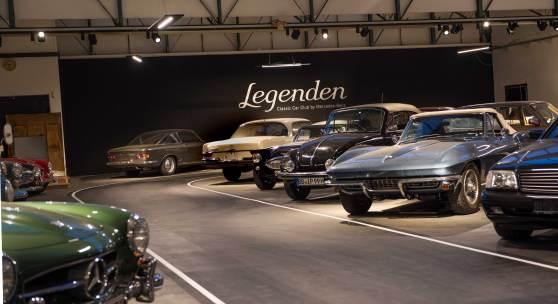 """((Bild """"Legendenhalle innen hinten links"""", Bildnachweis: Legenden Club Sindelfingen)): Preziosen der Automobilgeschichte: Der Legenden Classic Car Club by"""
