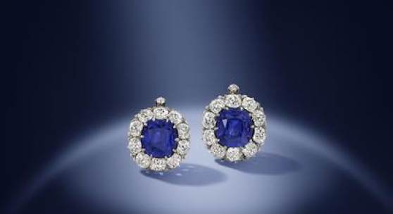 Los 136 A magnificent pair of late 19th century sapphire and diamond earrings Verkauft für £1.538.500 (€2.136.508) inkl. Zuschlag