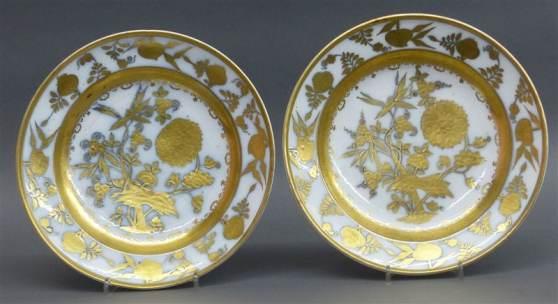 Paar Porzellanteller um 1765, Manufaktur Meissen, Goldmalerei, wohl von Abraham Seuter, Mindestpreis:5.000 EUR