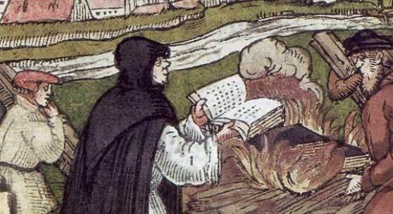 Die Schriften der jeweiligen Gegner wurden verbrannt. So wirft hier Martin Luther die Bulle des Papstes ins Feuer. (c)  focus.de