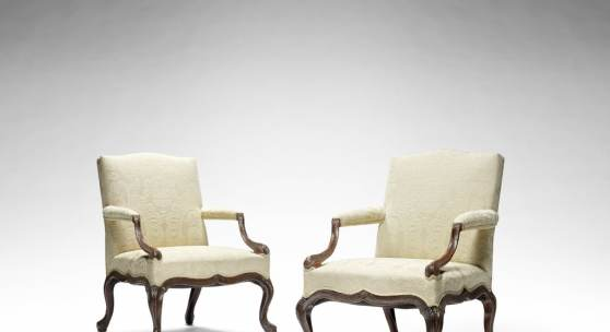 Los 169* AN IMPORTANT PAIR OF GEORGE III CARVED MAHOGANY OPEN ARMCHAIRS ATTRIBUTED TO WILLIAM AND JOHN GORDON £200,000 - 300,000 €280,000 - 420,000