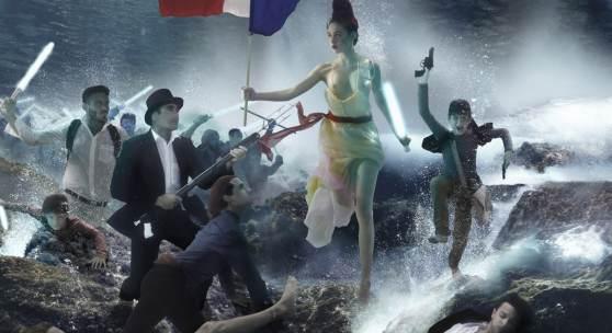 """B.U.: """"Marianne"""" mit Lichtschwert statt Bajonett als Botschaft für eine hoffnungsvolle Zukunft, Foto: Gaby Fey"""