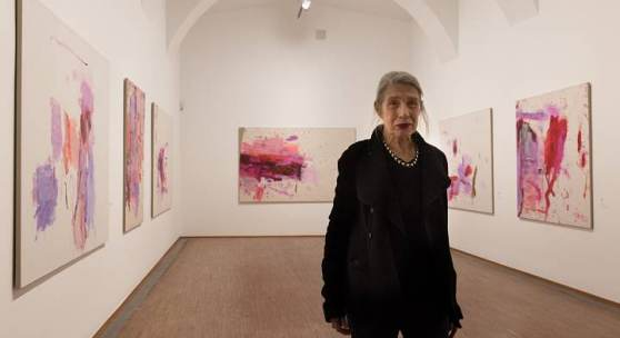 Martha Jungwirth in der Ausstellung   Foto © eSeL.at