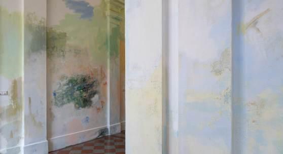 Megan Rooney, Big Sky Blooming, 2020, Wandmalerei. Foto: Achim Kukulies_