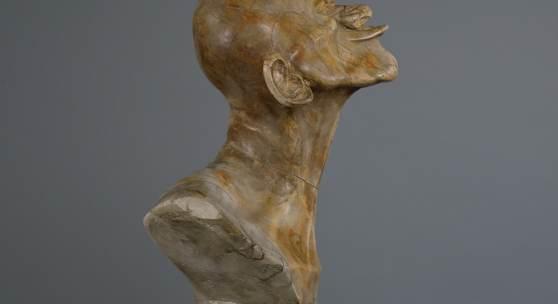 """Franz Xaver Messerschmidt, Zweiter Schnabelkopf, 1770/1783 """"Charakterkopf"""" Nr. 6 Braun gefleckter Alabaster 43 x 25 x 23 cm"""