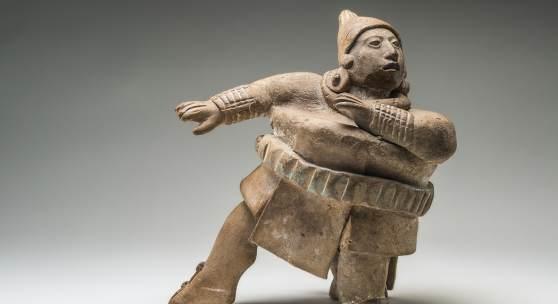 Ballspieler Spätklassik, 600–900 n. Chr., Jaina, Campeche, Ton © INAH. Museo Nacional de Antropología, Mexiko Stadt