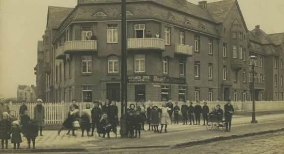 Nebengeschäftsstelle am Bahrenfelder Kirchweg, 1909, Foto Archiv altoba