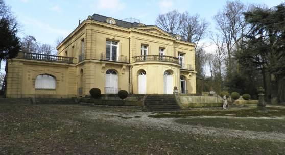 Villa Jordaan in Wettringen-Rothenberge vor der Restaurierung © Deutsche Stiftung Denkmalschutz/Gehrmann