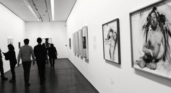 """Ausstellungsansicht """"Arnulf Rainer, Kreuze""""  2019 (c) findART.cc Foto frei von Rechten."""