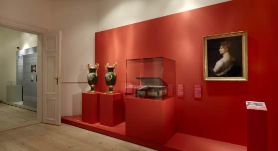 """Neue Dauerausstellung in Paretz: Blick in den Raum """"Paretz als Erinnerungsort 1811-1945"""" (4.36 mb) © SPSG / Foto: Wolfgang Pfauder"""