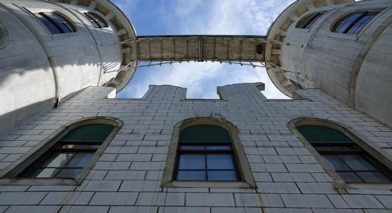 Schön, aber sanierungsbedürftig: das Schloss auf der Berliner Pfaueninsel. Foto: SPSG / Elvira Kühn
