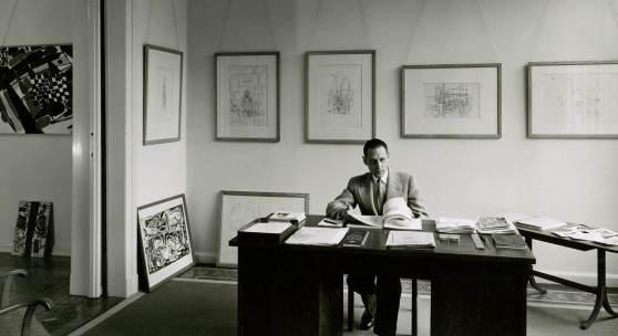 Michael Hertz am Schreibtisch