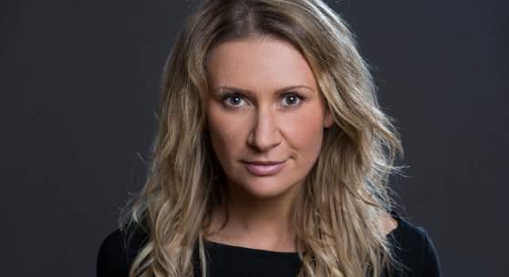 Porträt: Angelika Niedetzk (c) Monika Löff