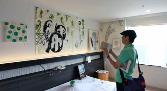 Impressionen ART OSAKA 2013 (c) artosaka.jp