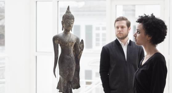 Schreitender Buddha, Thailand, Sukhothai - Periode, 13./14. Jh. (Foto: Anja Jahn)