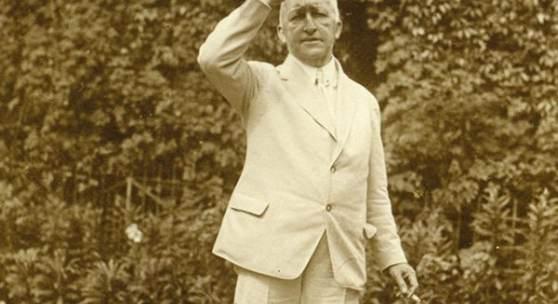 Siegfried stehend, 1927 © Nationalarchiv der Richard-Wagner-Stiftung, Bayreuth