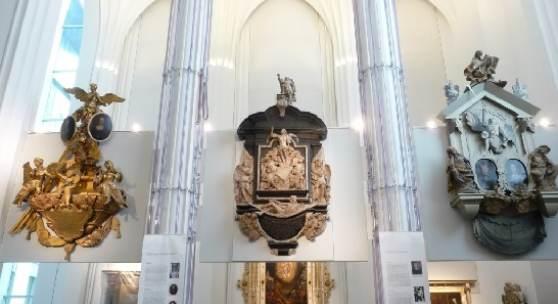 Epitaphien aus der gesprengten Universitätskirche im Paulinum in Leipzig © Deutsche Stiftung Denkmalschutz/Schmelzer