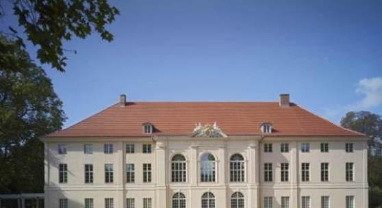 berlin rekonstruierte gartenm bel f r schloss sch nhausen alte und moderne kunst. Black Bedroom Furniture Sets. Home Design Ideas