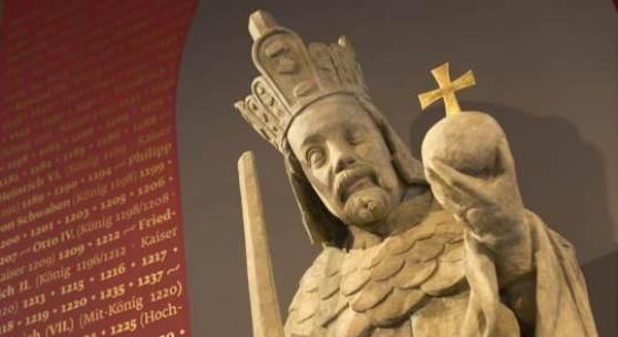 Abguss einer Statue Kaiser Karls IV., Peter Parler (1330/33-1399), Werkstatt; Prag, um 1370-1400  Foto: BSV / Vroni Freudling