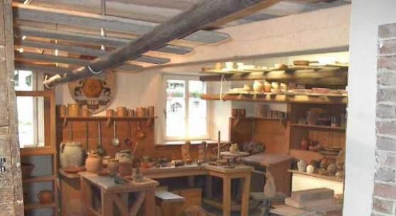 Keramikwerkstadt im Keramikmuseum Staufen. Bildmaterial: www.landesmuseum.de