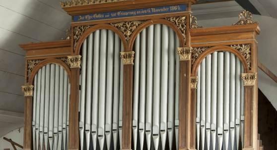 Schulze-Orgel in der Dorfkirche in Oberhain © Marie-Luise Preiss/Deutsche Stiftung Denkmalschutz