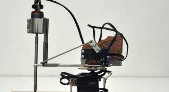 Bildsujet: Leo Peschta Der Chronograph, 2010 Roboter Foto: Claudia Larcher