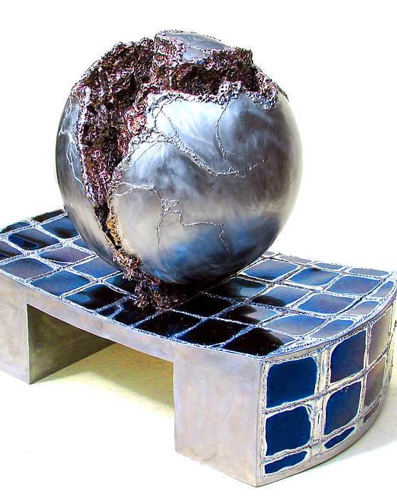 Brunnen-Skulptur mit geschweißtem Sockel