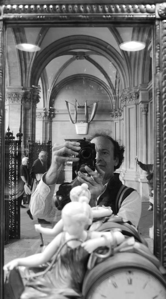Selbstporträt: beim Palais Harrach, 2019
