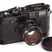003 Leica MP schwarz lackiert Schwarz lackierte MP in neuwertigem Originalzustand.Seriennummer: MP-89 Schätzpreis: EUR 200.000–250.000