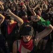 2020 Photo Contest, General News, Stories, 2nd Prize Chile: The Rebellion against Neoliberalism © Fabio Bucciarelli for l'Espresso
