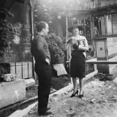 Jean Tinguely und Claude Lalanne, Impasse Ronsin, ca. 1960 Foto: Joggi Stoecklin, © 2020/2021 Museum Tinguely, Basel