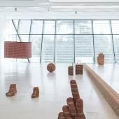 Judith Hopf, Up, Ausstellungsansicht im Museion. Foto Luca Meneghel