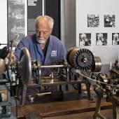 TMP Schmuckabtlg Kettenmaschinen (c) Foto Winfried Reinhardt