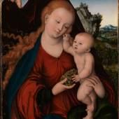 Lucas Cranach d. Ä.: Maria mit dem Kind und Weintraube, 1520. Öl auf Buchenholz, 60,5 x 42,6 cm. © Bayerische Staatsgemäldesammlungen, München / Julia Schambeck