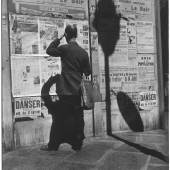 Paris, 1966  (c) Elliott Erwitt