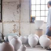 Kiho Kang Justus Brinckmann Preisträger 2013 Keramik Arbeitsfoto Atelier Foto: Kiho Kang