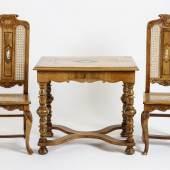 Braunschweiger Tisch mit Stühlen, Limit: 800 €