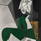 10680 Pablo Picasso, Femme assise en costume vert