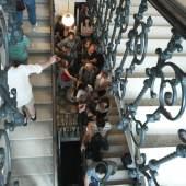 Wartende Besucher im Stiegenhaus, © Sigmund Freud Privatstiftung