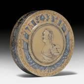 TEILVERGOLDETE BONBONNIERE KATHARINA II St. Petersburg 1782. Schätzung: CHF 20 000 – 30 000  Auktion am 21. September 2017
