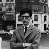Christo on the Quai de la Tournelle Paris, 1962 — Jeanne-Claude 1962 Christo and Jeanne-Claude Foundation