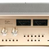 Nr. 29 exklusiver Verstärker-Klassiker Accuphase E-303, 1978, 2 x 180 Watt/2 Ohm, Rufpreis € 280. Fotonachweis: Dorotheum